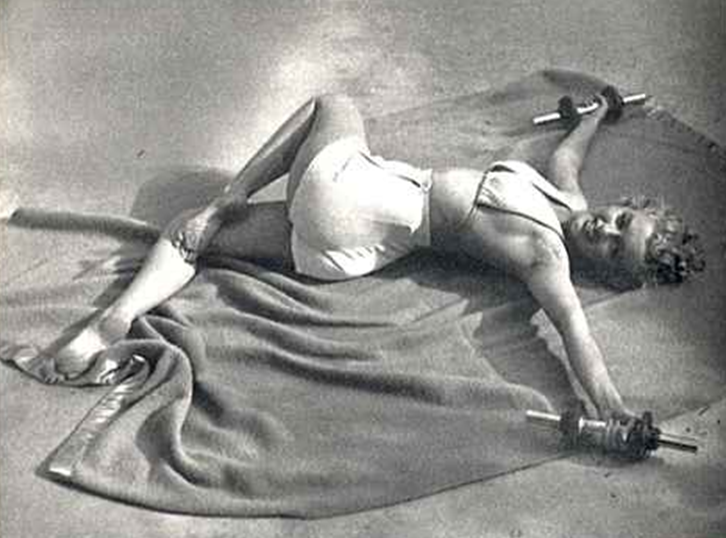 Marilyn Monroe Jataraparivartanasana Supine Twist
